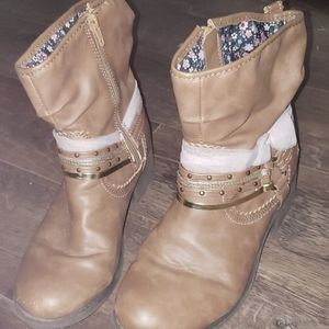 Sarah Jayne Brown Boots With Pink Bow Size 5